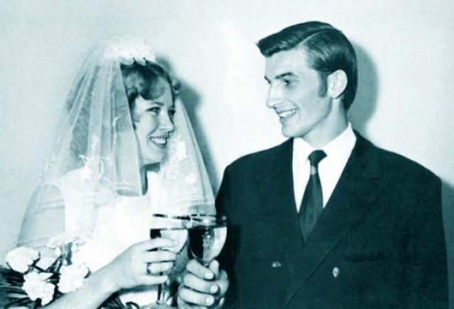 Татьяна и Владислав Третьяк. Спортсмен женился в 1972 году, будучи на тот момент самым молодым олимпийским чемпионом-хоккеистом.
