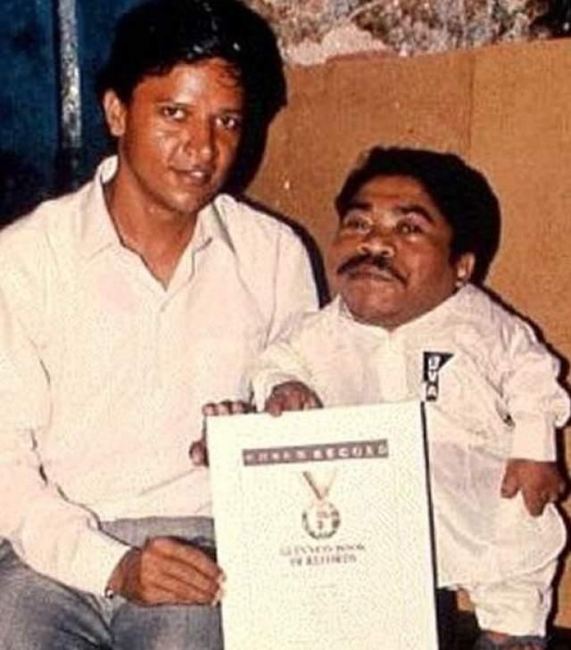 Однако в 1997 году Мохаммед умер от простудного осложнения. По словам медиков, мужчина слишком много курил, чем навредил всем органам тела. Женат мужчина не был.