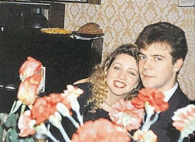 Дмитрий Медведев познакомился с будущей супругой еще в школе.