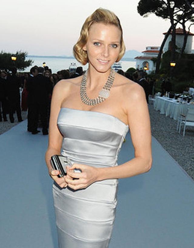 Ее судьбу решила поездка на Олимпиаду 2000 года, где она познакомилась с князем Монако Альбертом.