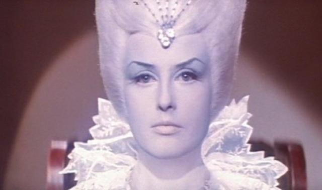 Наталья Климова. Актриса, которую несколько поколений советских и постсоветских детей знают, как Снежную Королеву из экранизации сказки Андерсена.