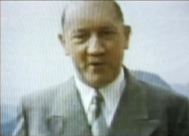 Однако, существует множество версий и домыслов относительно того, что фюрер остался жив. В прессе даже появлялись фото состарившегося Адольфа, спокойно доживающего свой век .