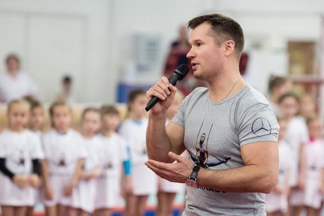 """Сейчас Немов является членом Общественного совета при Министерстве обороны РФ, а также работает главным редактором журнала """"Большой спорт""""."""