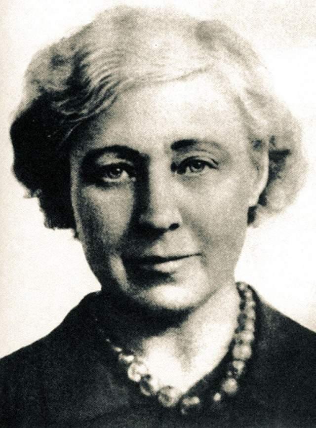 В 55 лет, 31 августа 1941 года, Цветаева покончила жизнь самоубийством.