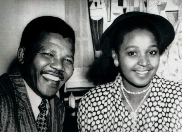 Номзамо Заниеве Виннифред Мадикизела увлекла политика своей активностью и целеустремленностью. Именное й пришлось прождать мужа из тюрьмы целых 27 лет! Вернувшись из заключения, Мандела осознал, что сейчас они с Винни стали совсем разными.