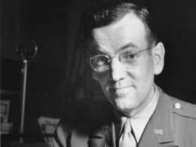 Глен Миллер. 1.03.1904-15.12.1944. Тромбонист, аранжировщик, руководитель одного из лучших свинговых оркестров в США исчез в районе пролива Ла-Манш.