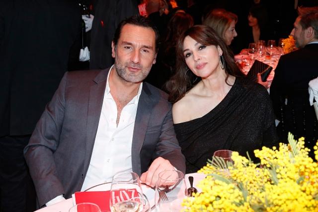 Свои отношения пара никак не комментирует, но и не скрывает: появившись на гала-ужине в одном из ресторанов Парижа, актеры вместе покинули мероприятие.