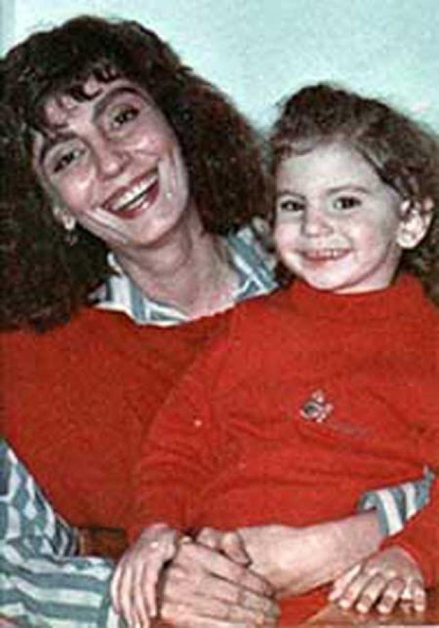 Следствие длилось почти четыре года. Марат Фаттахов был осужден на 12 лет лишения свободы в колонии строгого режима. Кроме того, его обязали выплатить 3 млн рублей компенсации морального ущерба дочери жены от первого брака