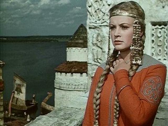 """Алла Ларионова. Студентке ВГИКа доверили роль Любавы в киносказке Александра Птушко """"Садко"""", которой впоследствии рукоплескали на кинофестивале в Венеции. Молодой актрисе даже предлагали сниматься иностранные режиссеры."""