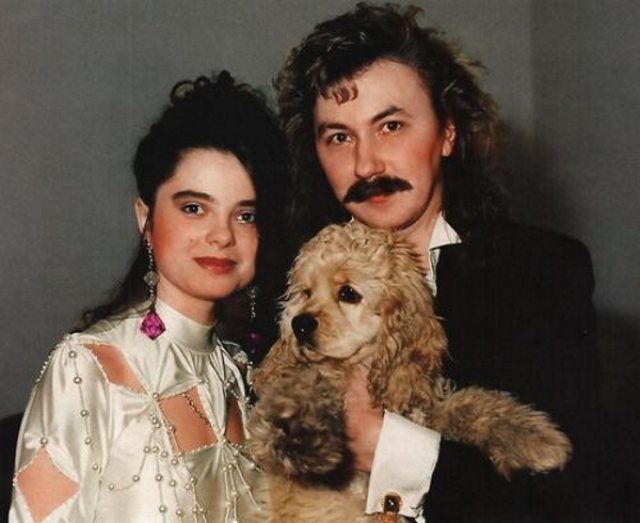 Наташа Королева и Игорь Николаев. Если Игорь практически не меняется с годами, то образ певицы наверняка сейчас вызовет у нее стыдливый румянец.
