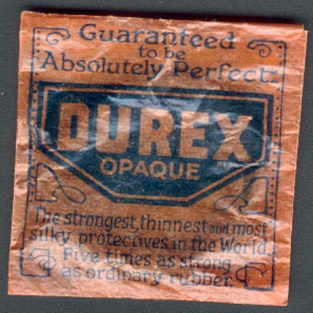 Лишь в 1932 году английская London Rubber Company, в прошлом занимавшаяся розничной продажей немецких презервативов, стала первым европейским производителем презервативов из латекса, названных Durex.