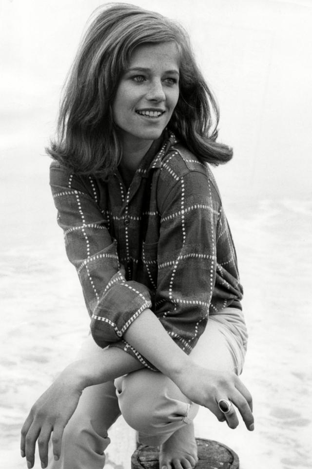 Шарлотта Рэмплинг. Британская актриса появилась в кино еще в 60-х.