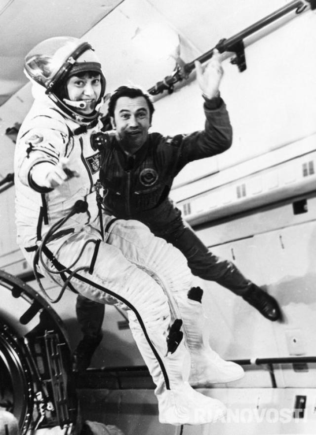 При этом сама Светлана после первого полета предложила, чтобы у СССР был приоритет в выходе женщины-космонавта в космос.