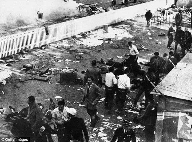Среди этих деталей был капот и передний мост: обе части оторвались от корпуса и полетели в толпу.