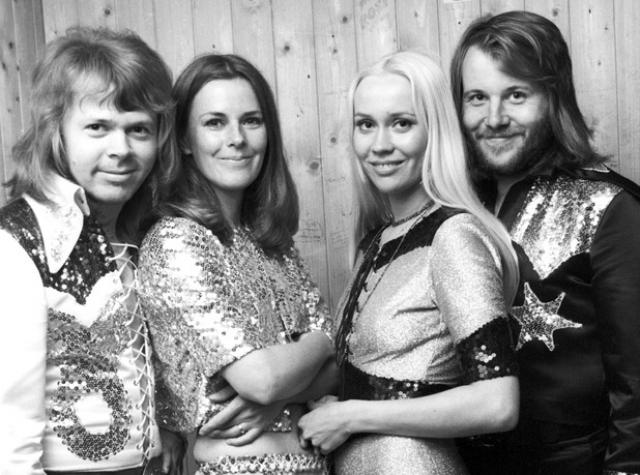 Релиз их третьего альбома ABBA и третий сингл S.O.S. попал в 10 лучших, а альбом достиг 13 места, после чего к группе больше не относились как к однохитовой группе.