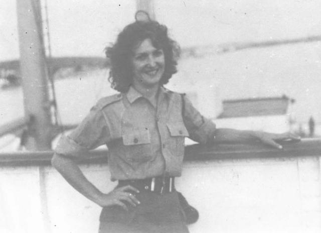 В КГБ Тамара была известна под псевдонимом Таня. И именно партизанка Таня стала самой известной любовницей Че Гевары. Она была внедрена в окружение последнего с вполне конкретной целью – вступить с ним в интимные связи и передавать всю имеющуюся информацию в КГБ.