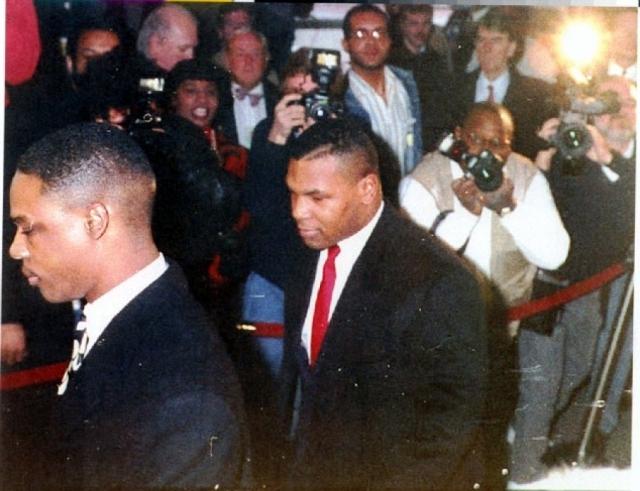 Боксер отсидел три года из шести, после чего вышел на свободу другим человеком .