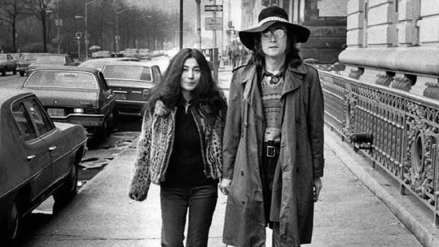 В этой истории сразу две трагедии: Джона Леннона застрелил Джон Чепмен 8 декабря 1980 года.