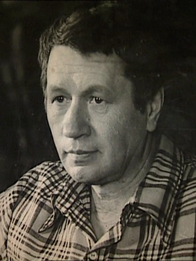 Леонид Быков скончался на месте, а водитель грузовика, узнав, кто был в автомобиле, угодившем под его колеса, горько заплакал, поскольку актера любили миллионы советских зрителей.