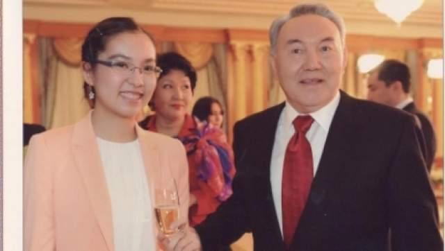 Динара - руководитель Национального фонда образования имени отца, а кроме этого совладелец значительной доли в Народном банке Казахстана.