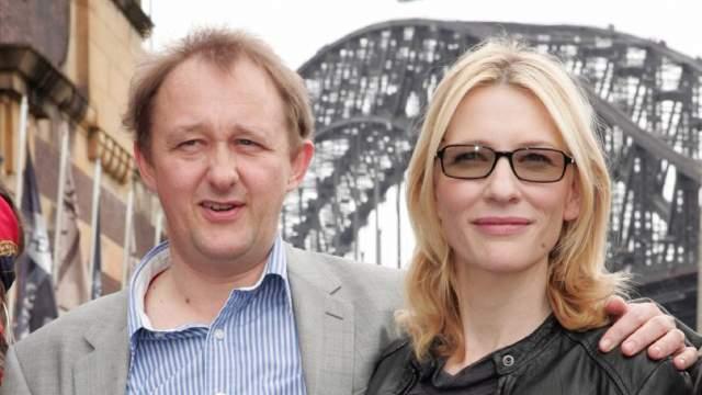 Кейт Бланшетт. В 1997 году актриса познакомилась со сценаристом и редактором монтажа Эндрю Аптоном, с которым менее, чем через год, они поженились.