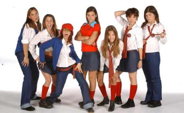 """""""Мятежный дух"""". Аргентинский сериал о жизни школьников, об их взаимоотношениях с родителями, учителями и друзьями."""