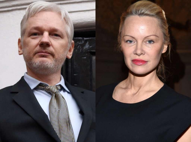 "Памела Андерсон и Джулиан Ассанж. 49-летнюю звезду ""Спасателей Малибу"" подозревают в романтических отношениях с 45-летним основателем WikiLeaks Джулианом Ассанжем."