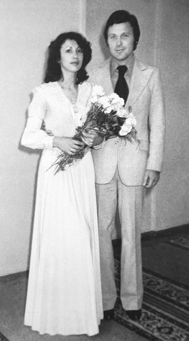 Лев и Ирина Лещенко поженились в 1978 году и до сих пор вместе.