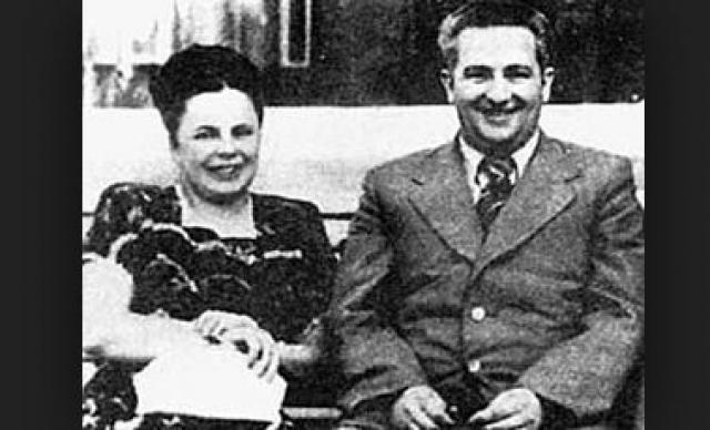 Через год будущий генсек женился на Татьяне Лебедевой. В 1953 году Андропов стал главой четвертого европейского отдела и был отправлен послом в Венгрию. В поездке он взял и жену.