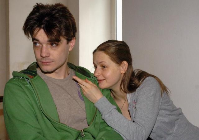 Через год пара рассталась, Максим съехал на съемную квартиру, а немного позже стало известно о его романе с Лизой Боярской.