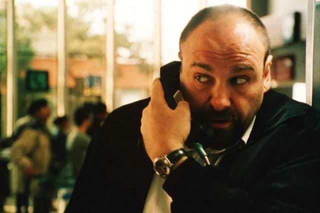"""Джеймс Гандольфини. Сердечный приступ в в The Boscolo Exedra Hotel. Звезда сериала """"Клан Сопрано"""" Джеймс Гандольфини умер в Риме в июле 2013 года. Актеру стало плохо после прогулки по итальянскому городу с семьей."""