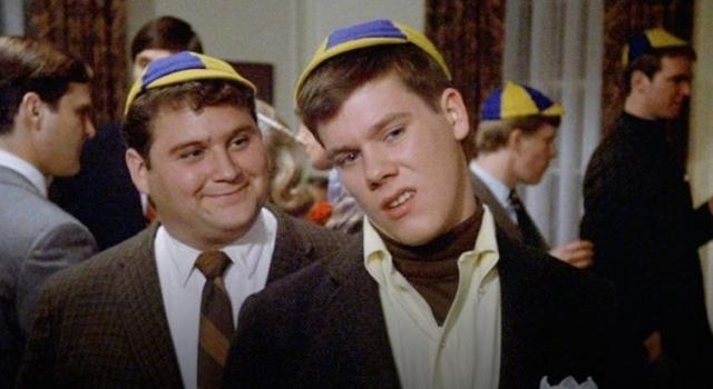 """Кевин Бэйкон. Актер дебютировал в хите 1978 года под названием """"Зверинец"""", хотя роль и осталась незамеченной."""