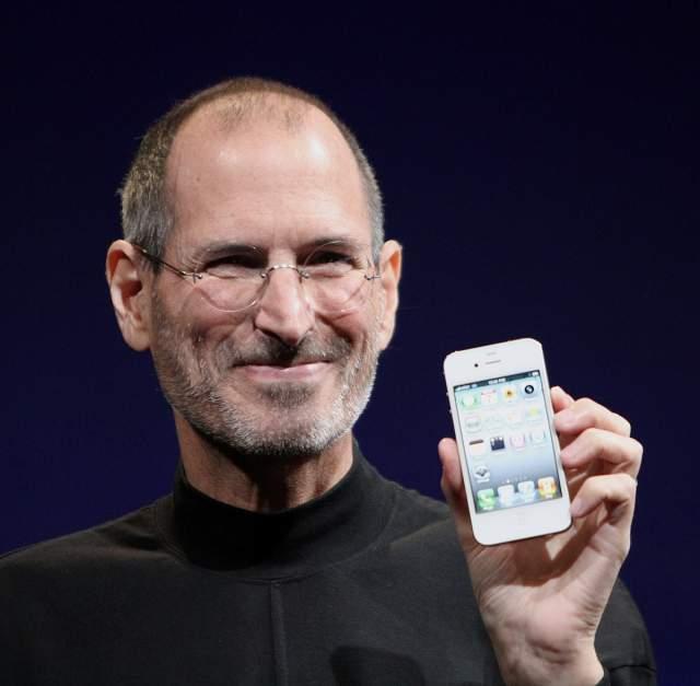 """Стив Джобс. Отец айфонов и других инноваций также был """"ботаником""""."""