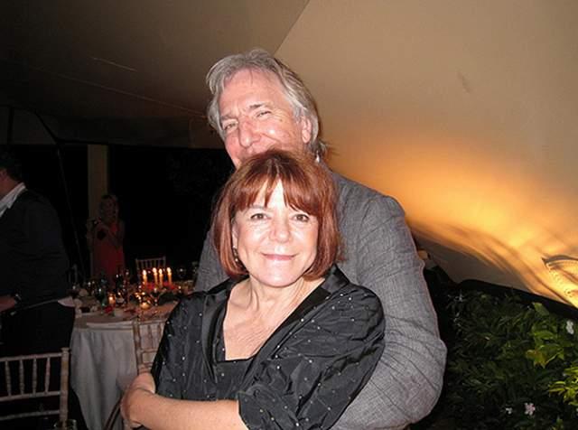 Спустя двенадцать лет, в 1977-м году, Алан и Рима съехались и больше не расставались, но со свадьбой все не спешили. А поженились лишь спустя 37 лет, в апреле 2015 года. Они просто не смогли больше откладывать: Рикман был болен раком, а лечение не приносило результатов. 14 января 2016 года актер скончался.