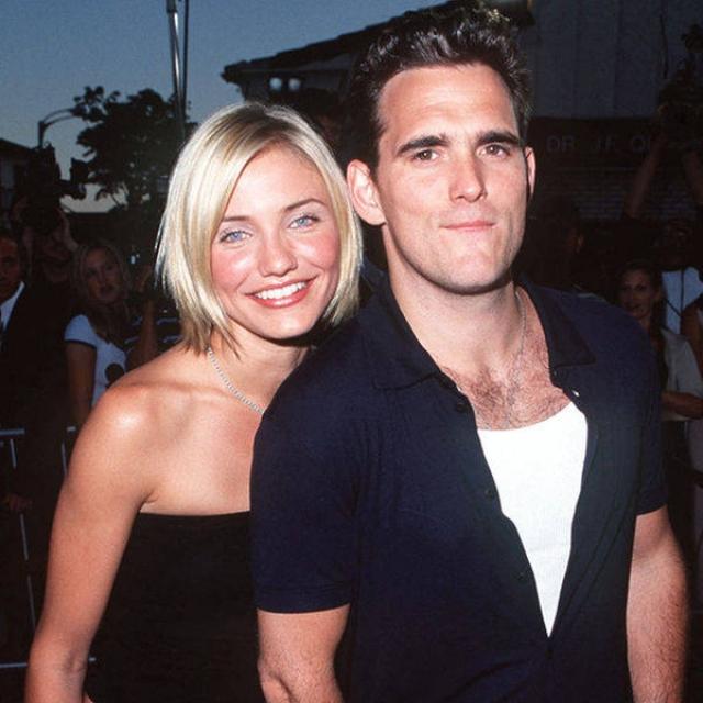 Мэтт Дилон. В начале 2000-х, после расставания с Камерон Диас, актер считался не только одним из перспективных звезд Голливуда, но и самым завидным холостяком. Сейчас карьера 5е-летнего Мэтта явно пошла на спад.