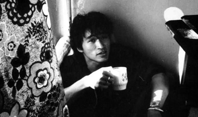 """По словам друзей музыканта, таким образом Цой просто пытался """"закосить"""" от армии."""