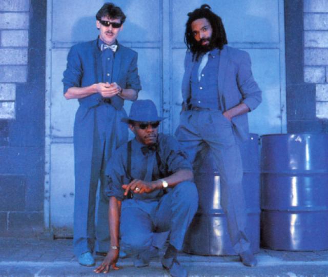 Bad Boys Blue. Евродиско-группа за свою историю выпустила около 30 хит-синглов, попавших в чарты многих стран мира, в том числе и в США.