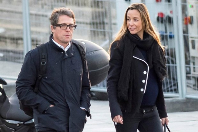 Сейчас актер живет с мамой двоих его детей, шведским продюсером Анны Эберштейн, но вести ее к алтарю не намерен.