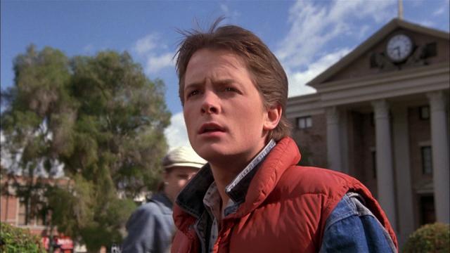 """Майкл Джей Фокс. Актер сыграл 17-летнего Марти Макфлая в фильме """"Назад в будущее"""", когда ему было 24."""