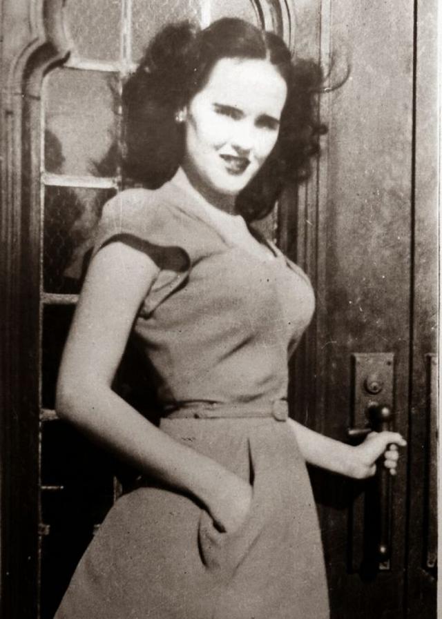 В своем последнем письме Элизабет сообщала о желании как следует подготовиться к прослушиванию. 9 января 1947 года она исчезла из отеля.