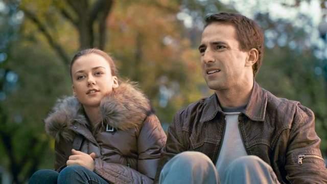 """В кино он появляется также нередко: за 2018-й он снялся уже в трех картинах, а вскоре начнется работа над второй частью фильма """"Неадекватные люди"""" в паре с Ингрид Олеринской."""