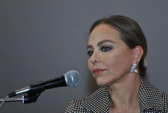 Орнелла Мути. Итальянская актриса говорит, что принципиально не делает пластических операций.