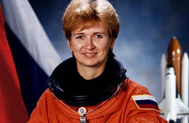"""Следующей в довольно коротком списке """"Женщины-космонавты СССР и России"""" стала Елена Кондакова."""