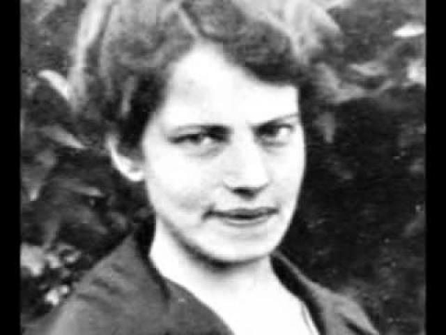 В итоге выяснилось, что Анна Андерсон на самом деле была фабричной работницей, полькой по происхождению по имени Франциска Шанцковска.