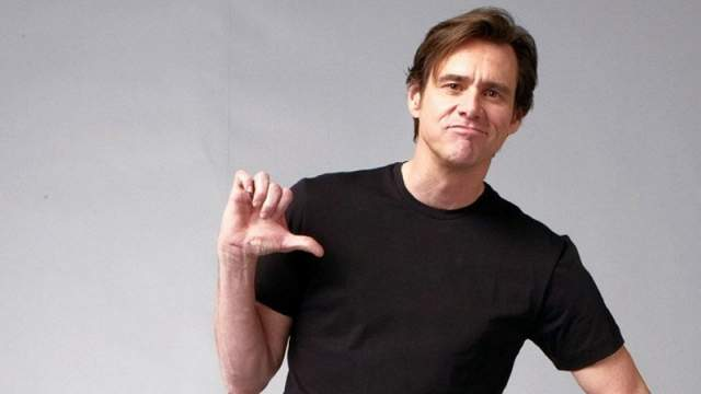 """Два года Керри отходил от неудачи, а затем перешел в другой популярный клуб - """"Комедийный магазин"""". Там он познакомился с Родни Дэнджерфилдом, комиком и актером, и решил переехать в Лос-Анджелес."""