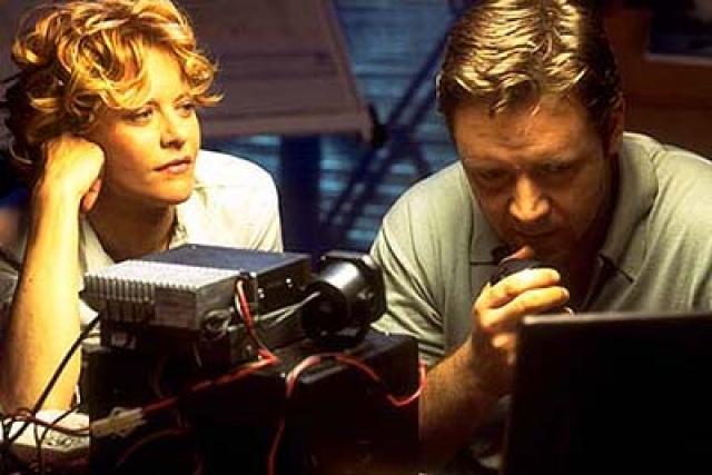 Однако через девять лет супруга изменила Деннису с коллегой по фильму Расселом Кроу.