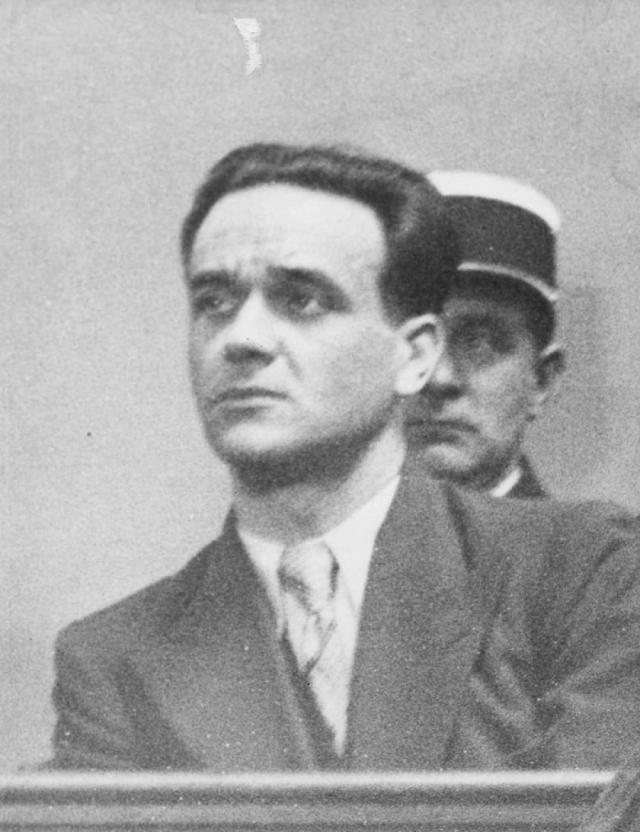Эжен Вейдман с товарищами своим промыслом избрали похищение богатых туристов во Франции с целью выкупа. В итоге большинство жертв были просто ограблены и убиты.