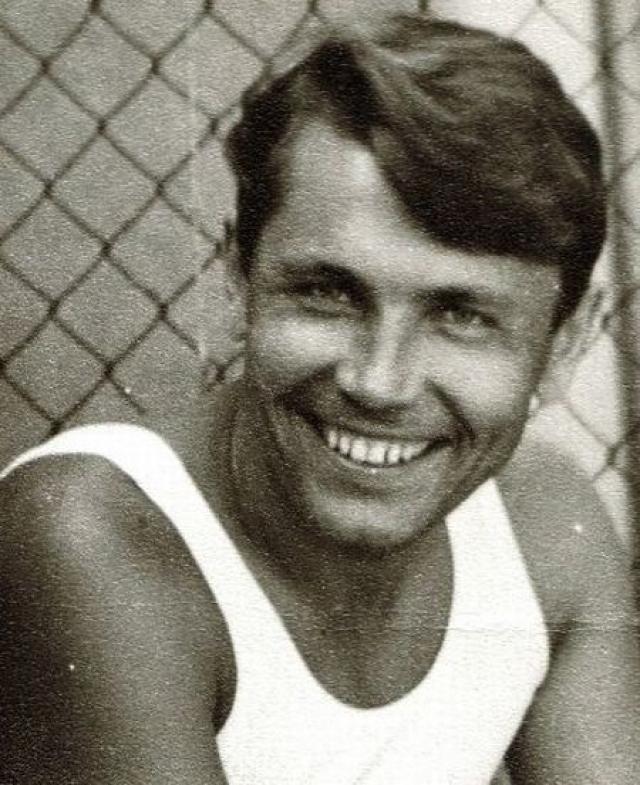 Леонид Рогозов. Советскому врачу, решившемуся на отчаянный шаг, даже посвятил песню Высоцкий.