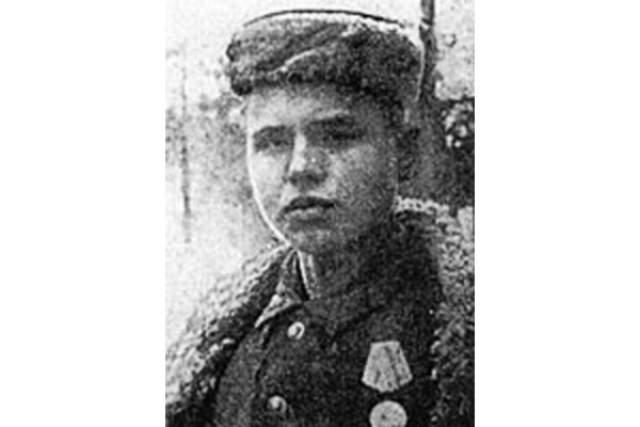 Леня Голиков, (1926-1943). Бригадный разведчик 67-го отряда 4-й ленинградской партизанской бригады.