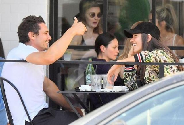 Джеймс Франко и Изабель Пакзад. Актер не был замечен в романтических отношениях целых шесть лет, а не так давно сам рассказал о своей избраннице - Изабель Пакзад из Лос-Анджелеса.